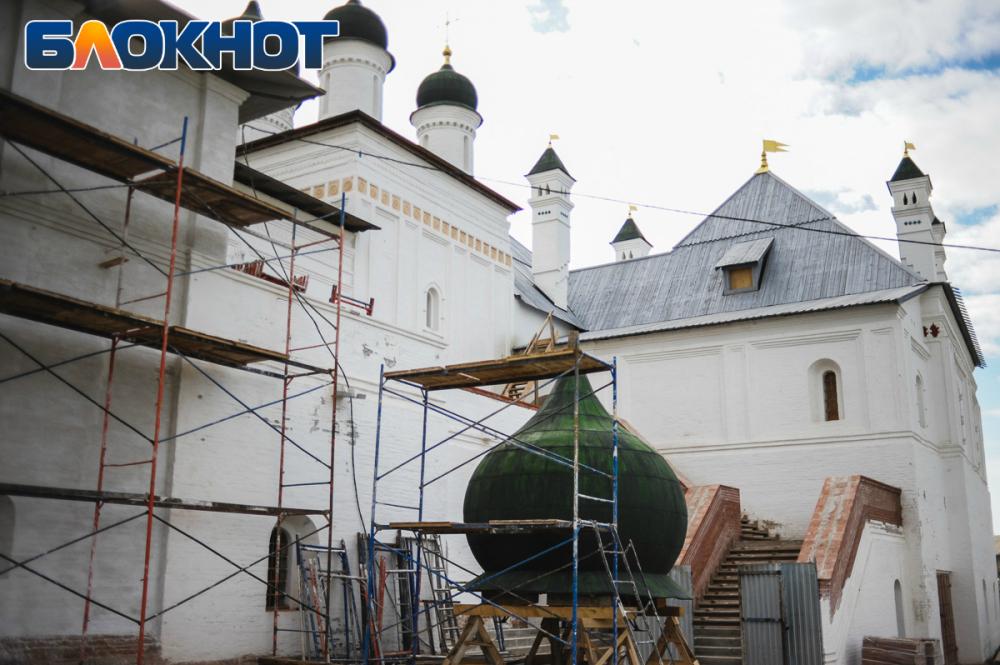 Астраханский кремль обезглавили