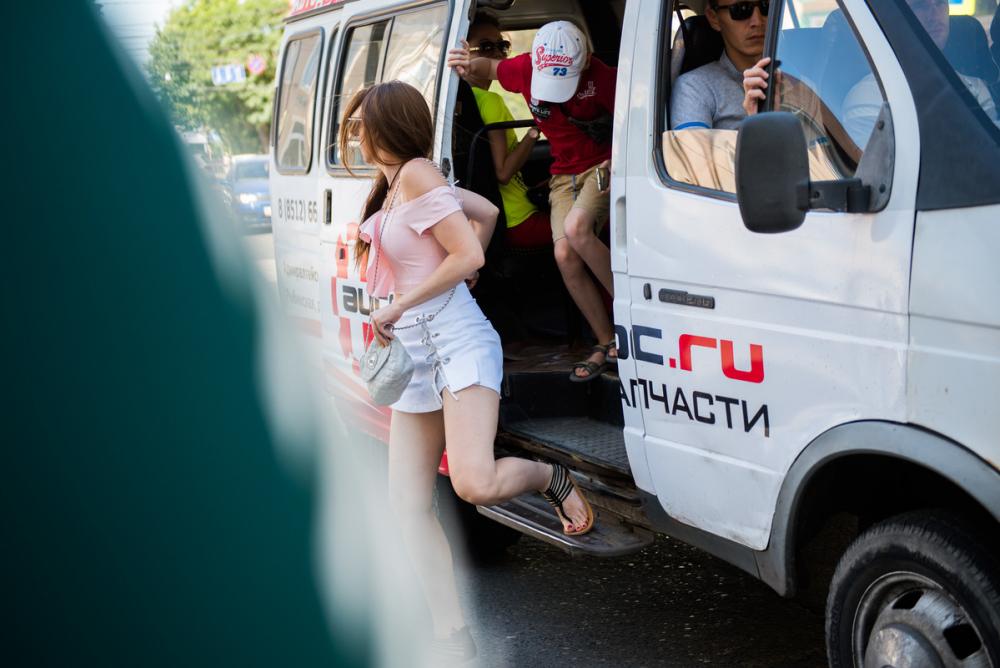 В Астрахани дети будут ездить на маршрутках бесплатно