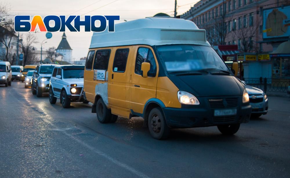 Администрация города расторгла договор с владельцем маршрутов №63 и №64