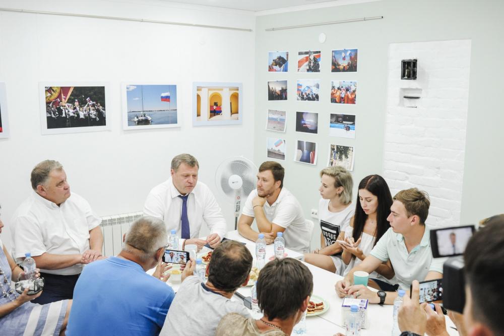 Врио губернатора Астраханской области прокомментировал ситуацию с запахом гари по вечерам