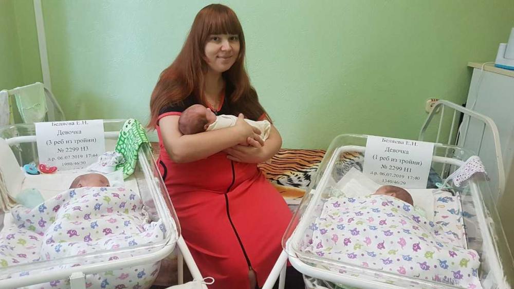 Астраханские врачи больше месяца боролись за жизнь первой в этом году тройни