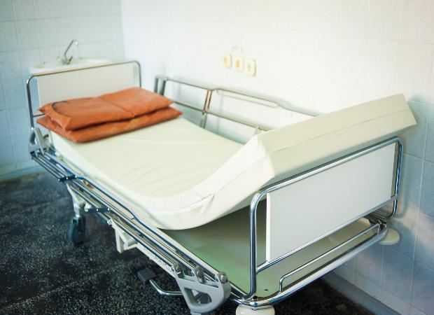 В астраханской больнице прооперировали серьезно раненого пограничника из Казахстана
