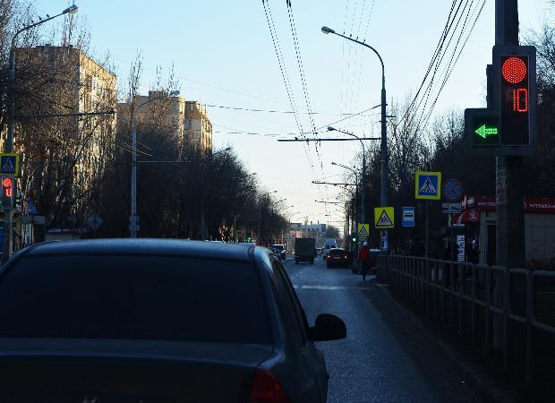С какой скоростью едет Астрахань?