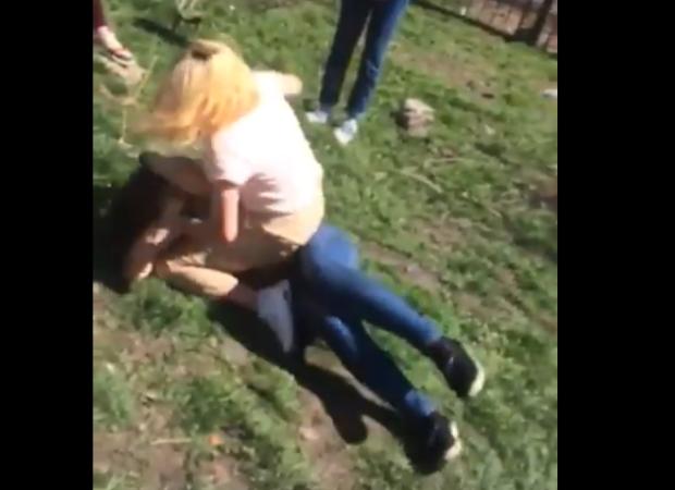 В Астраханской области школьница жестоко избили одноклассницу