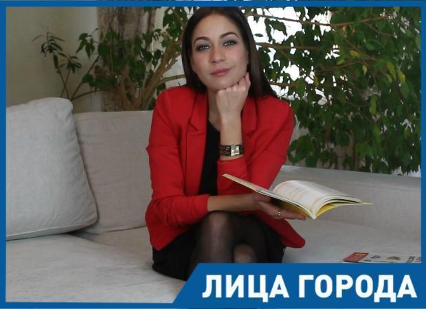 Анна Кинарова: «Зачем кивать в сторону Европы, если можно в Астрахани сделать не хуже»
