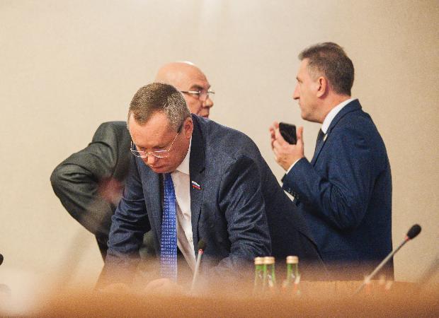 Председатель Думы Астраханской области раскритиковал решение Совета Икрянинского района
