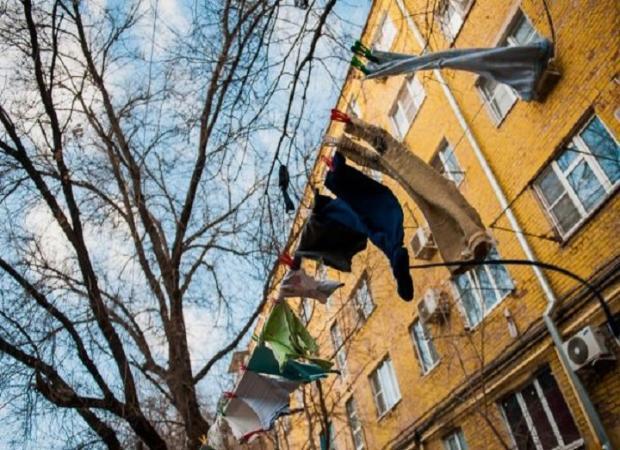 Астраханцам пришлось покинуть своё опасное жилье