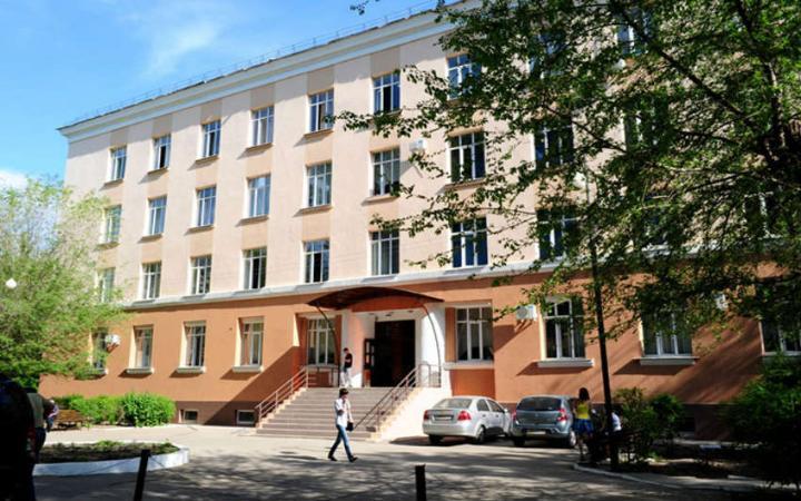 В Астрахани увековечат память первого ректора АГАСУ Сапожникова