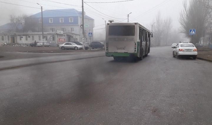 «Грязный и воняет»: астраханец пожаловался на состояние автобуса №25