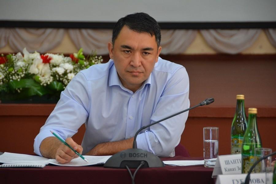 Расул Султанов уволен с должности председателя правительства