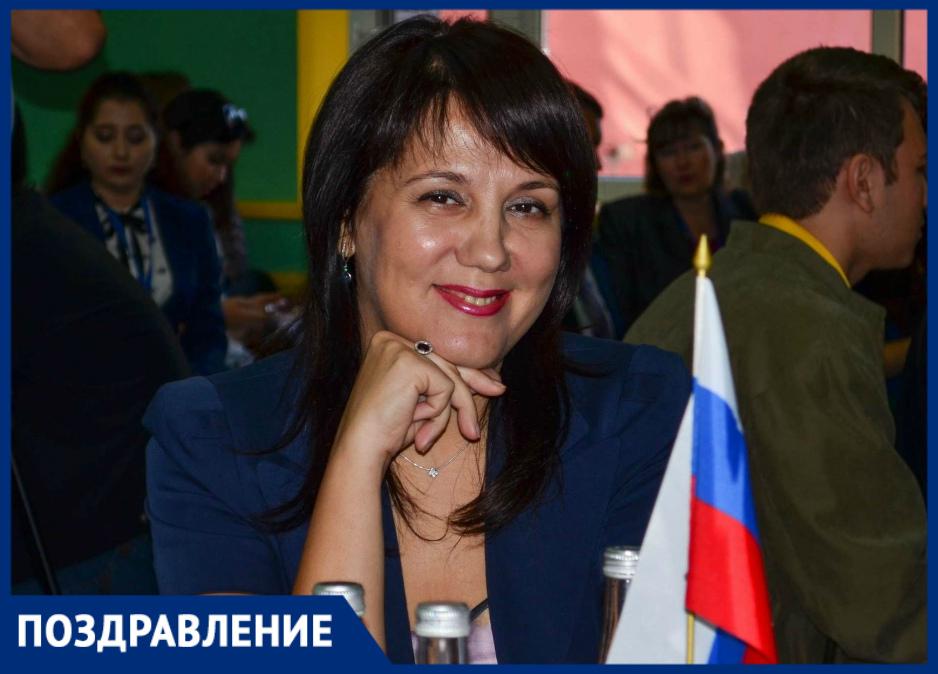 Стелла Зверева отмечает день рождения